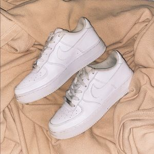 Air Force ones  7-7.5 women's and 5.5 men's/youth